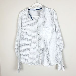 Maurices White Arrow Print Button Down Top Size 3